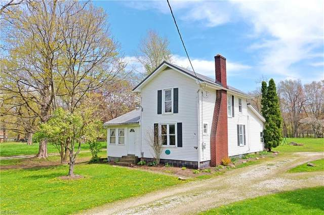 6366 State Route 45, Bristolville, OH 44402 (MLS #4272799) :: Tammy Grogan and Associates at Keller Williams Chervenic Realty