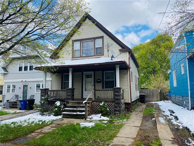 3581 W 52nd Street, Cleveland, OH 44102 (MLS #4273422) :: The Kaszyca Team