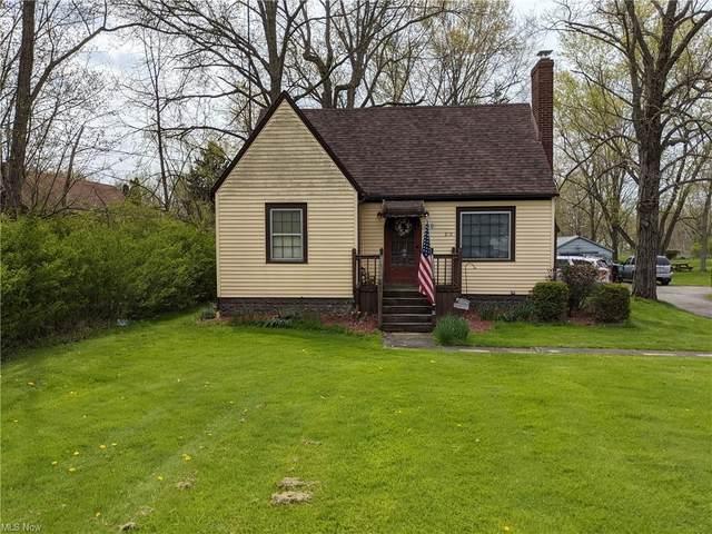 210 Champion Avenue E, Warren, OH 44483 (MLS #4273717) :: Keller Williams Legacy Group Realty