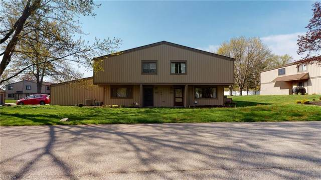 11966 Harbour Light Drive, North Royalton, OH 44133 (MLS #4273921) :: The Kaszyca Team