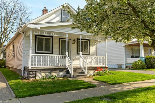6805 Chambers Avenue, Cleveland, OH 44105 (MLS #4274372) :: Keller Williams Legacy Group Realty