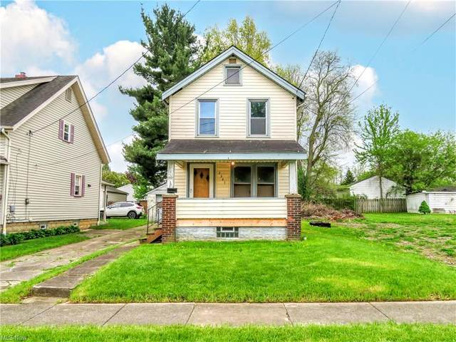 2347 Donald Avenue, Youngstown, OH 44509 (MLS #4275417) :: The Kaszyca Team