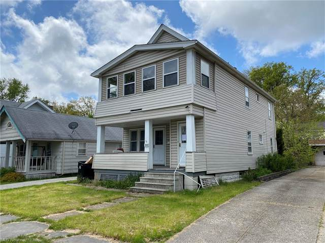3300 W 128th Street, Cleveland, OH 44111 (MLS #4276003) :: The Kaszyca Team