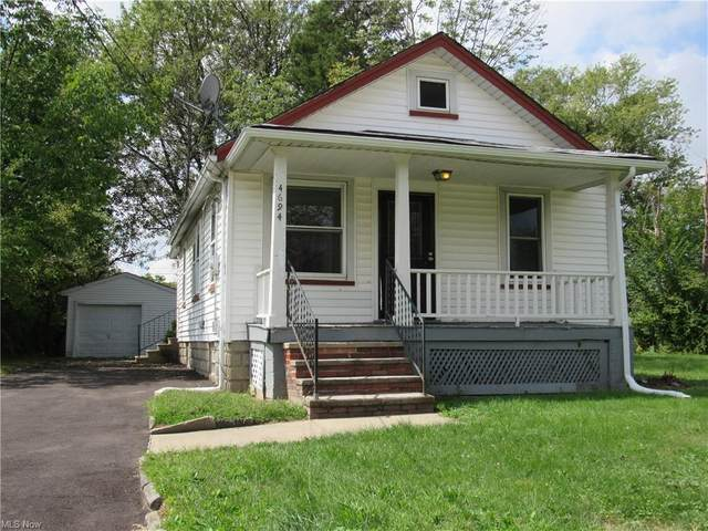 4694 E 144th Street, Garfield Heights, OH 44128 (MLS #4276542) :: The Jess Nader Team | RE/MAX Pathway