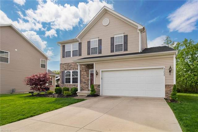 32035 Lilac Lane, North Ridgeville, OH 44039 (MLS #4277085) :: The Art of Real Estate