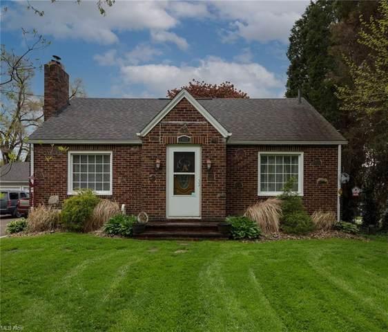 1402 S Chapel Street, Louisville, OH 44641 (MLS #4277439) :: RE/MAX Trends Realty