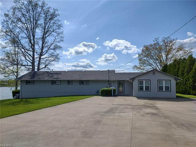 900 River Road, Lake Milton, OH 44429 (MLS #4277499) :: The Holly Ritchie Team