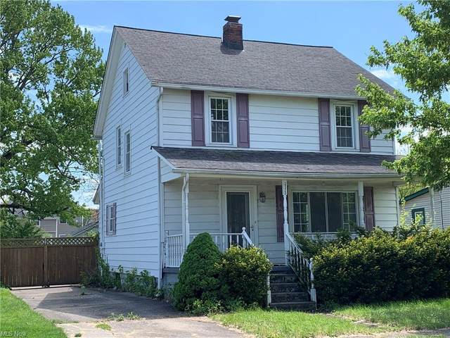 2520 E 32nd Street, Lorain, OH 44055 (MLS #4277725) :: Keller Williams Chervenic Realty