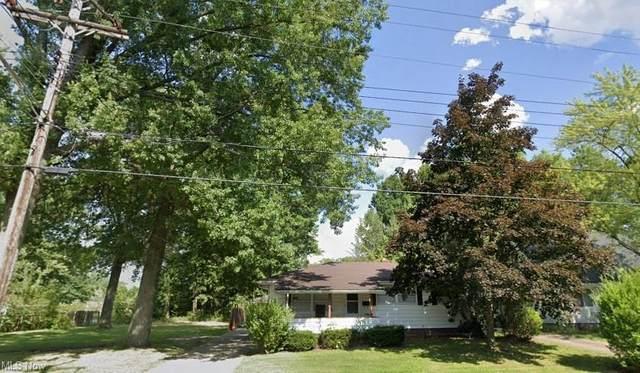 850 Southern Boulevard NW, Warren, OH 44485 (MLS #4278115) :: Tammy Grogan and Associates at Keller Williams Chervenic Realty
