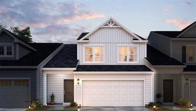 1377 Maple Grove Lane, Green, OH 44232 (MLS #4278164) :: Keller Williams Chervenic Realty