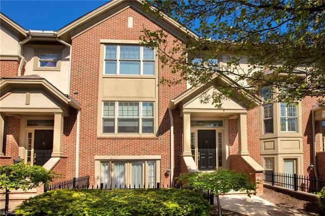 12 Astor Place, Rocky River, OH 44116 (MLS #4279216) :: The Holden Agency