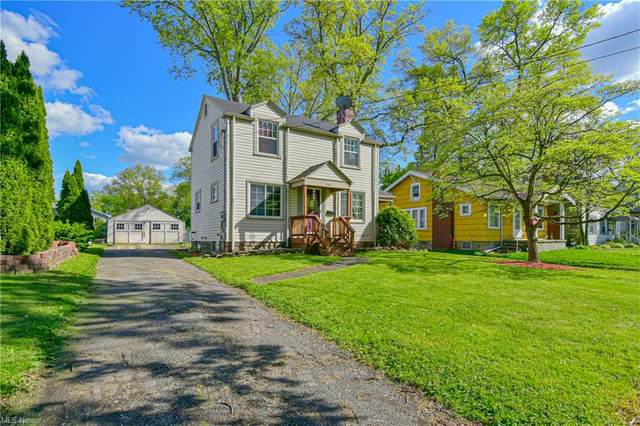 1361 Trumbull Avenue SE, Warren, OH 44484 (MLS #4279272) :: Keller Williams Chervenic Realty