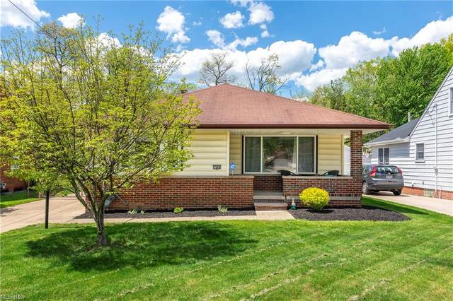 7404 Craigmere Drive, Middleburg Heights, OH 44130 (MLS #4279413) :: RE/MAX Edge Realty