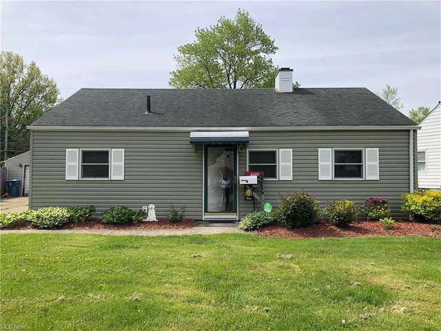 2426 E 41st Street, Lorain, OH 44055 (MLS #4279800) :: The Jess Nader Team | RE/MAX Pathway