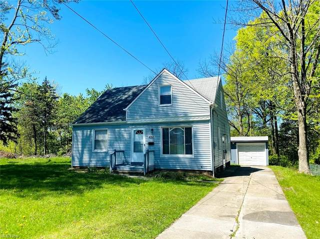 4958 Osborn Road, Garfield Heights, OH 44128 (MLS #4280383) :: The Holly Ritchie Team