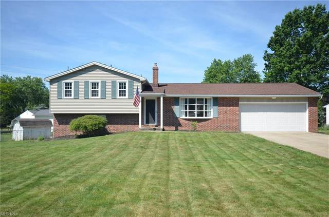 3945 Eastlynn Avenue NW, Massillon, OH 44646 (MLS #4281264) :: The Jess Nader Team | REMAX CROSSROADS