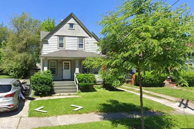 3956 E 53rd Street, Newburgh Heights, OH 44105 (MLS #4282239) :: Tammy Grogan and Associates at Keller Williams Chervenic Realty