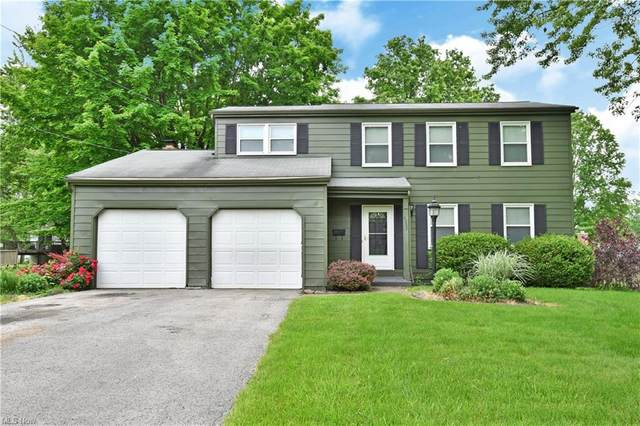 4232 Nottingham Avenue, Youngstown, OH 44511 (MLS #4282647) :: The Holly Ritchie Team