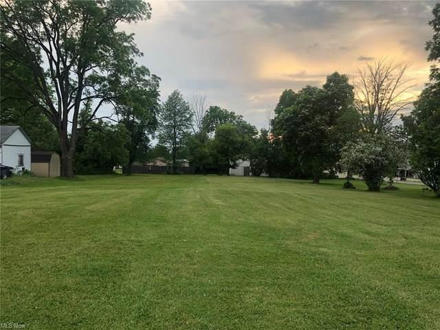 283 Park, Cortland, OH 44410 (MLS #4282700) :: TG Real Estate