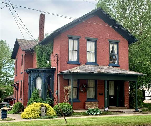 194 S Clay Street, Millersburg, OH 44654 (MLS #4282977) :: The Tracy Jones Team