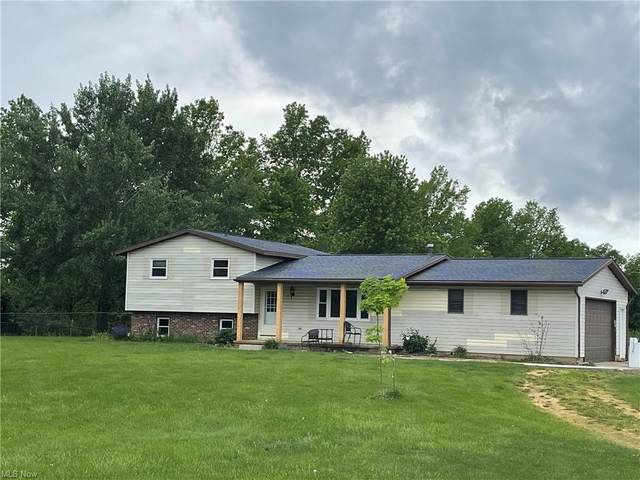 12636 Gearhart Road, Burbank, OH 44214 (MLS #4283556) :: The Holly Ritchie Team
