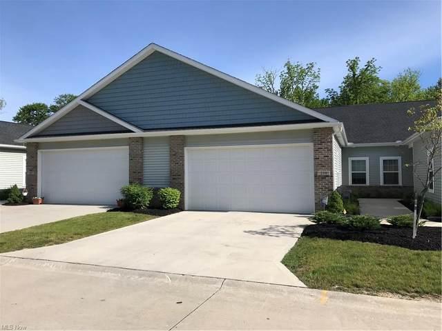 239 Stoney Brook Drive, Elyria, OH 44035 (MLS #4284112) :: Tammy Grogan and Associates at Keller Williams Chervenic Realty