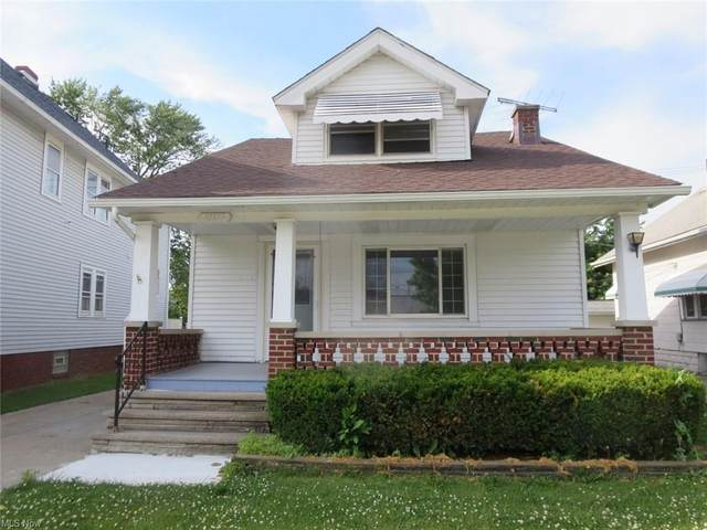 10313 Summerdale, Garfield Heights, OH 44125 (MLS #4284552) :: The Holden Agency