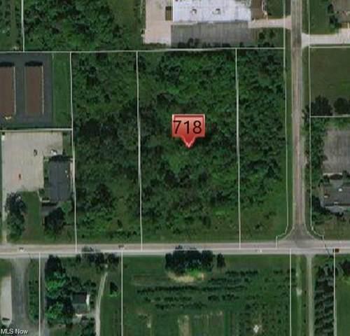 718 Water Street, Chardon, OH 44024 (MLS #4285095) :: The Crockett Team, Howard Hanna