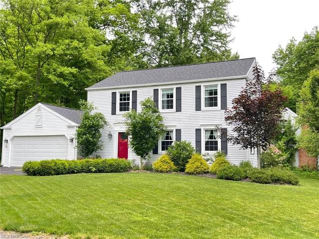17181 Woodmere Drive, Chagrin Falls, OH 44023 (MLS #4285463) :: Tammy Grogan and Associates at Keller Williams Chervenic Realty