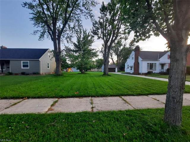 15813 Parklawn Avenue, Middleburg Heights, OH 44130 (MLS #4285929) :: Select Properties Realty