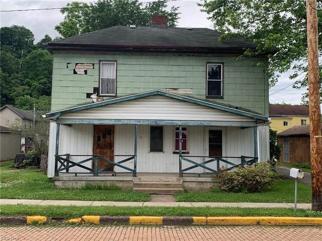 209 Main Street, Rayland, OH 43943 (MLS #4286143) :: Tammy Grogan and Associates at Keller Williams Chervenic Realty