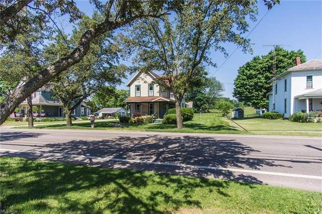 372 Park Avenue SW, Bolivar, OH 44612 (MLS #4286324) :: RE/MAX Trends Realty