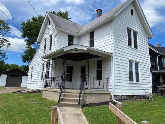 433 6th Street NE, Massillon, OH 44646 (MLS #4286567) :: Tammy Grogan and Associates at Keller Williams Chervenic Realty