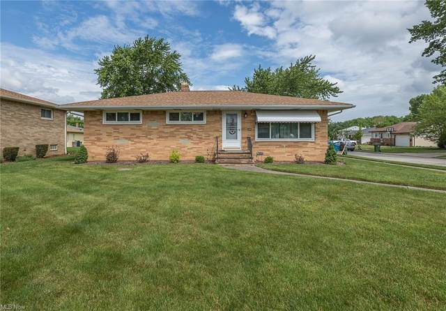 9894 Valley Forge Drive, Parma Heights, OH 44130 (MLS #4286971) :: The Holden Agency