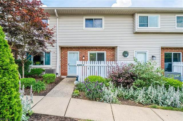 4300 Hyde Park Court #7, North Olmsted, OH 44070 (MLS #4286988) :: RE/MAX Trends Realty