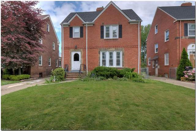 16704 Laverne Avenue, Cleveland, OH 44135 (MLS #4287183) :: The Holden Agency
