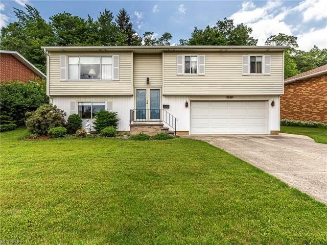 5529 Carol Jean Boulevard, Garfield Heights, OH 44125 (MLS #4287866) :: The Holden Agency