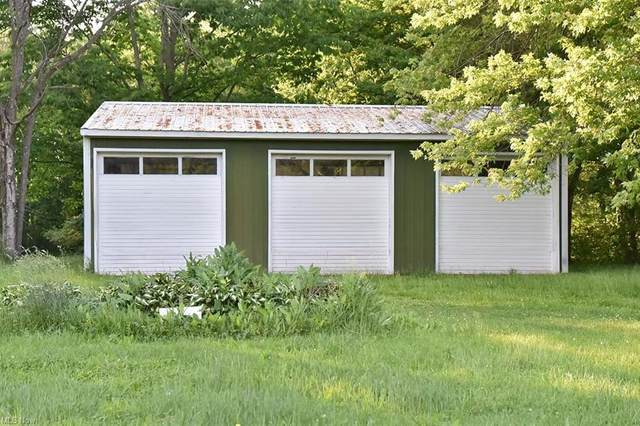 15270 Rock Creek Road, Chardon, OH 44046 (MLS #4287903) :: Tammy Grogan and Associates at Keller Williams Chervenic Realty