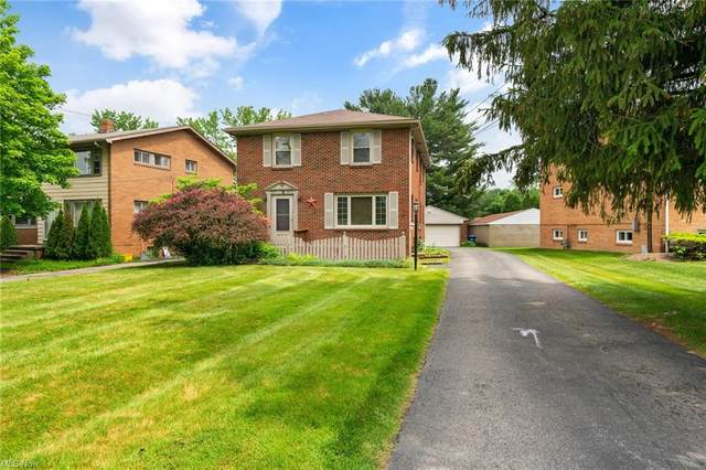 7075 Paxton Road, Boardman, OH 44512 (MLS #4287956) :: TG Real Estate