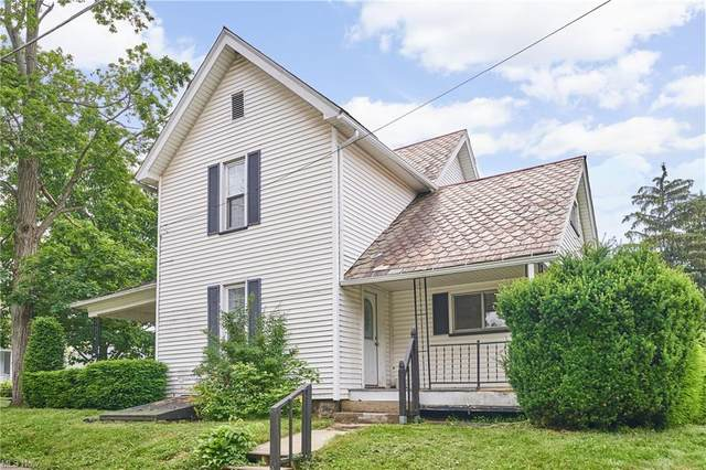 696 E 7th Street, Salem, OH 44460 (MLS #4288180) :: TG Real Estate