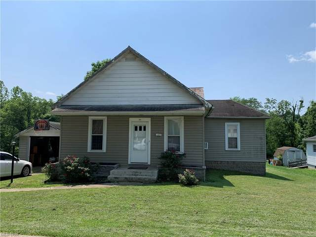 105 E Maple Avenue, New Concord, OH 43762 (MLS #4288203) :: TG Real Estate
