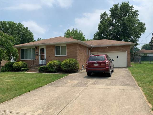 2313 Vinewood Drive, Parma, OH 44134 (MLS #4288292) :: Tammy Grogan and Associates at Keller Williams Chervenic Realty