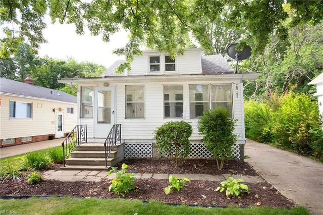 20145 Lakeview Court, Rocky River, OH 44116 (MLS #4288526) :: The Crockett Team, Howard Hanna
