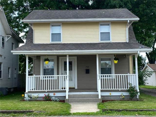 2010 Fremont Place SW, Canton, OH 44706 (MLS #4289079) :: RE/MAX Trends Realty