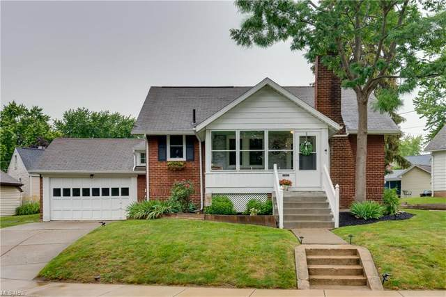 217 W Park Road NW, North Canton, OH 44720 (MLS #4289175) :: Tammy Grogan and Associates at Keller Williams Chervenic Realty