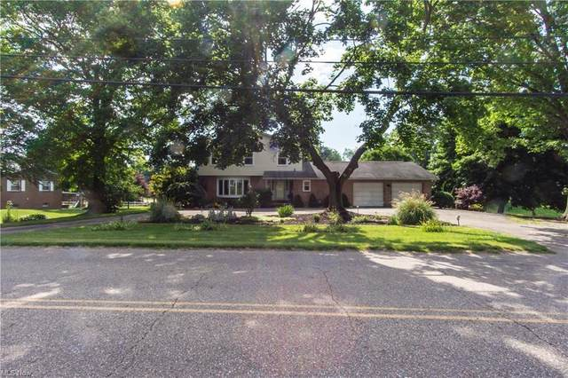 741 S Park Avenue, Bolivar, OH 44612 (MLS #4289182) :: The Holly Ritchie Team