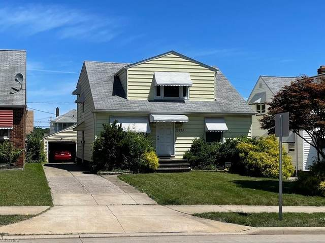 10925 Mccracken Road, Garfield Heights, OH 44125 (MLS #4289573) :: TG Real Estate