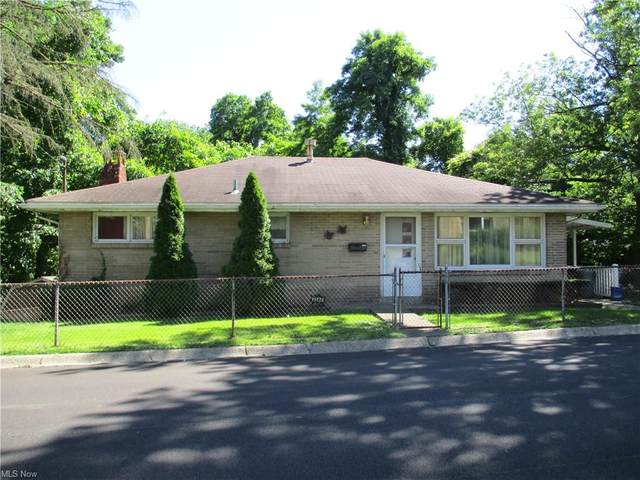 3544 Beechwood Drive, Weirton, WV 26062 (MLS #4289607) :: The Holly Ritchie Team