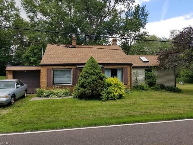 4729 Crystal Lake Avenue NW, Canal Fulton, OH 44614 (MLS #4289673) :: The Jess Nader Team | RE/MAX Pathway