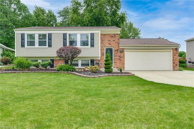 26965 Southwood Lane, Olmsted Township, OH 44138 (MLS #4289826) :: TG Real Estate